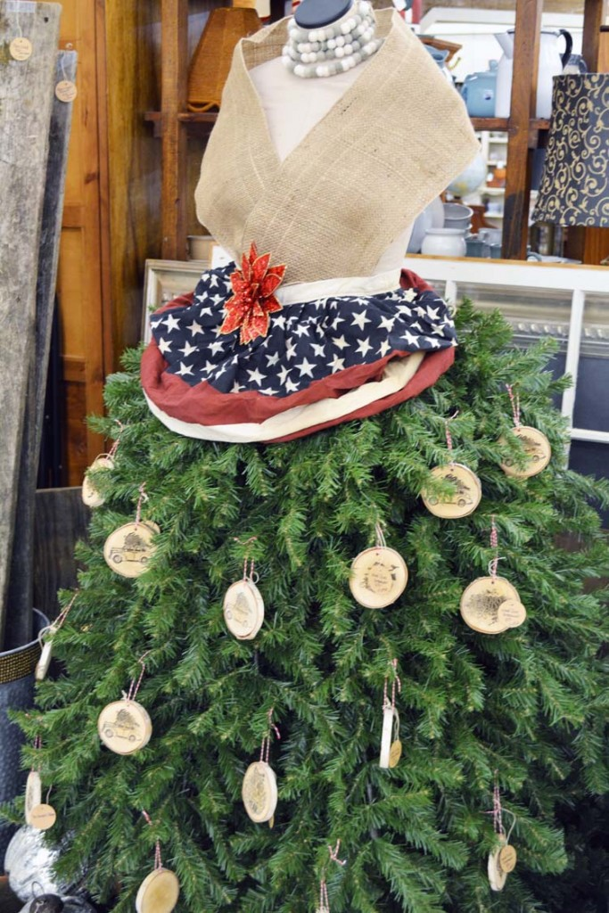 Christmas Dressform tree skirt