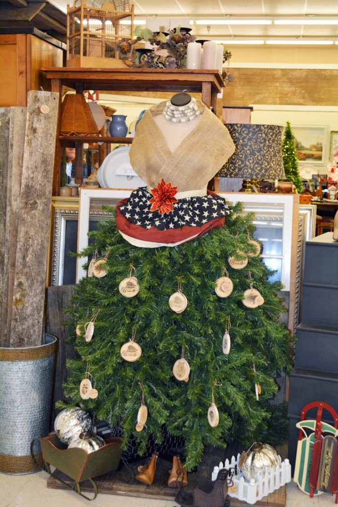Dress Form Christmas Tree Skirt