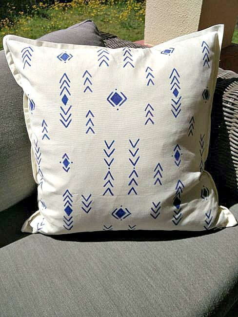 Painted-Tribal-Style-Pillow-cases-13